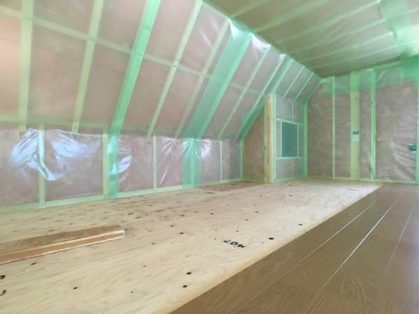 品川区で注文住宅を建てる工務店の気密シート施工2