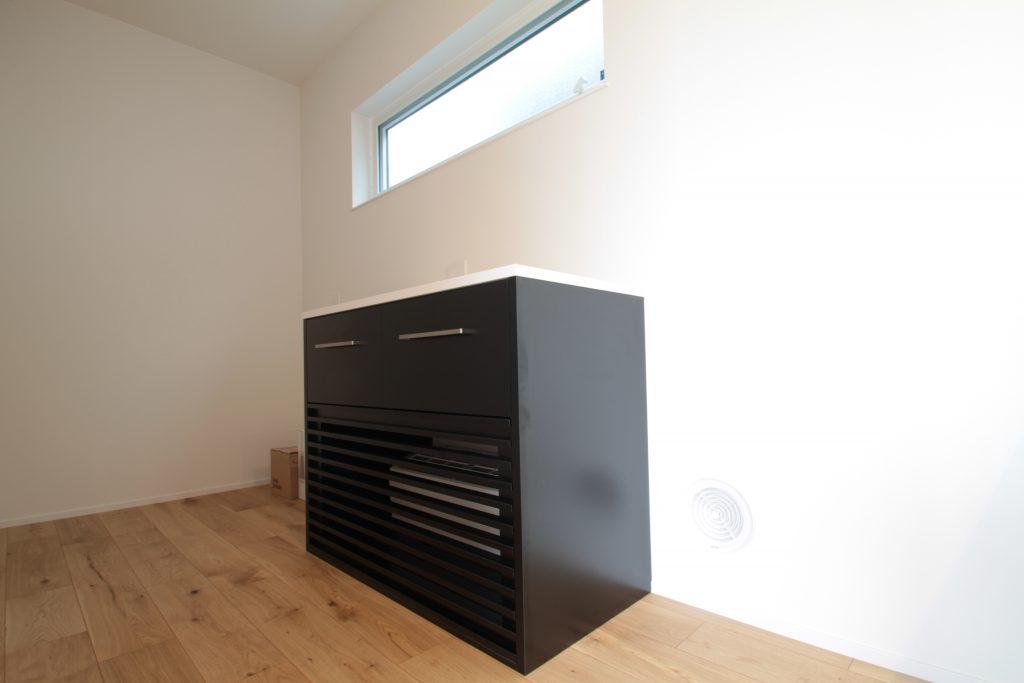 床下エアコンの設置画像1